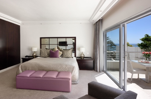 3.Superior-Room-15-Side-sea-facing-partial-views